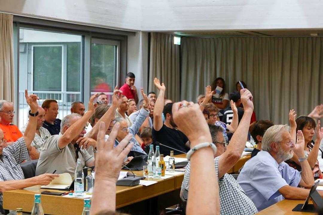 Der FSV erhält die breite Unterstützun...erats für die Heimstätte in Warmbach.   | Foto: Ingrid Böhm-Jacob