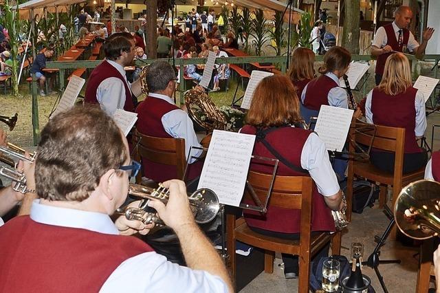 Rauschendes Fest an der Waldfestbühne