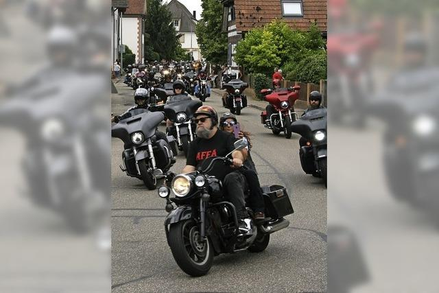 Motorrad-Auftrieb