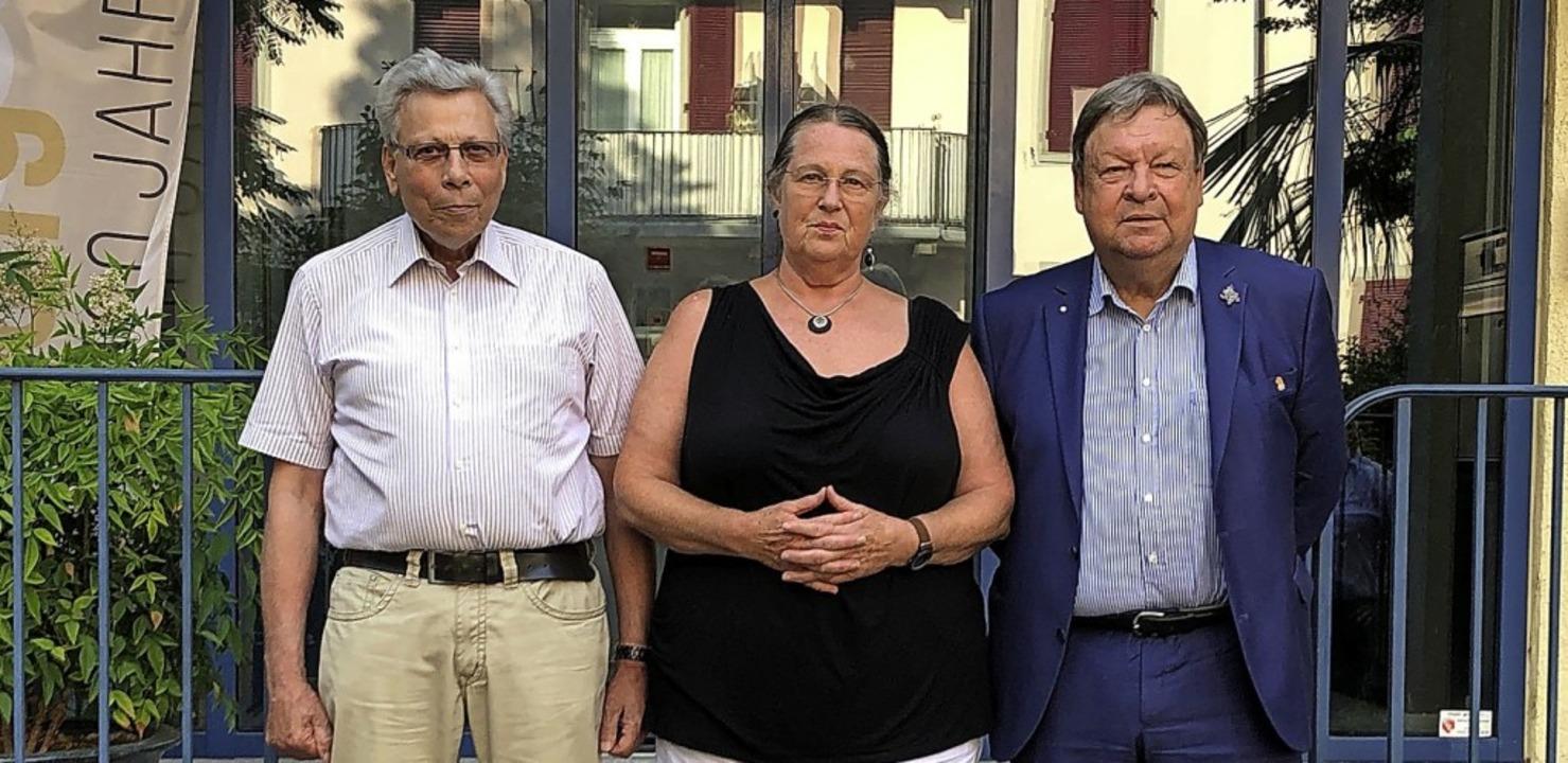 Verabschiedete Aufsichtsräte (von link...ch) und Richard Leibinger (Waldkirch).  | Foto: Heimbau Breisgau