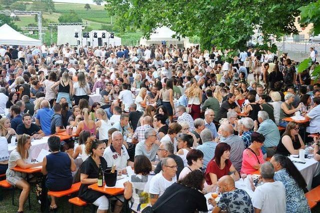 4000 Gäste genießen das Sektfestival im Park