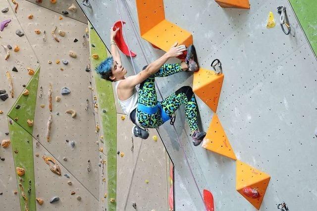 Der Vulkan ist die Schlüsselstelle: Die besten Kletter-Talente beim DAV in Freiburg