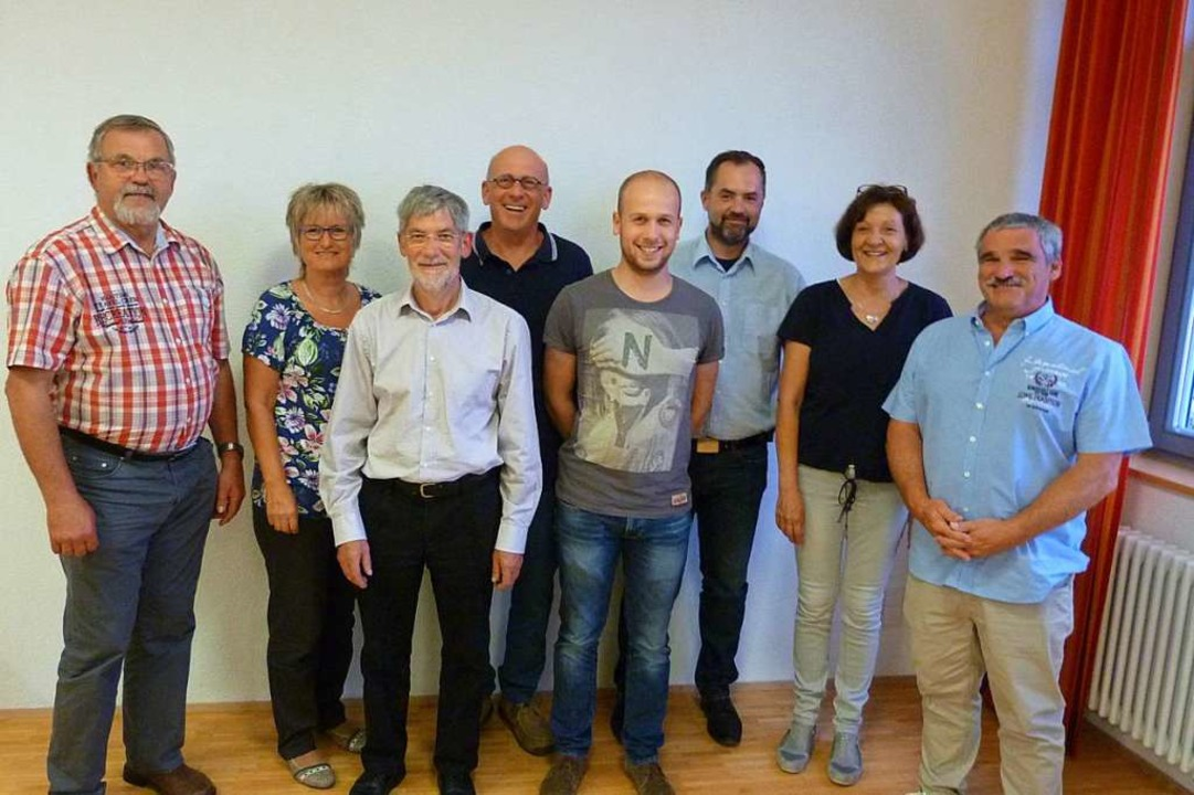 Zwei Frauen und sechs Männer gehören dem neuen Gündlinger Ortschaftsrat an.  | Foto: Christine Weirich