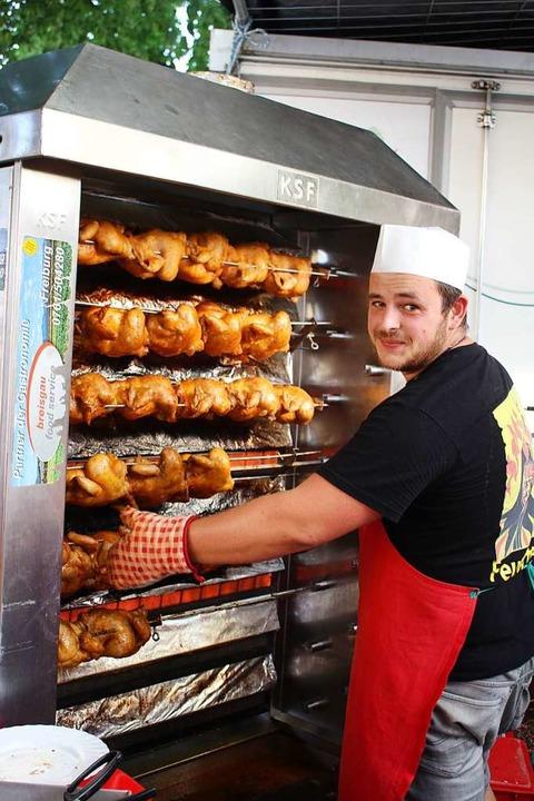 Hähnchen gab es bei der Narrenzunft Kollnau  | Foto: Karin Heiß