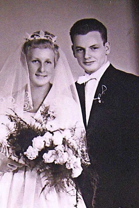 Vor 60 Jahren heirateten  Lisa und Willi Reinhardt in Lörrach.  | Foto: Ralph Lacher