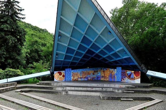 Im Pavillon im Freiburger Stadtgarten findet erstmals die