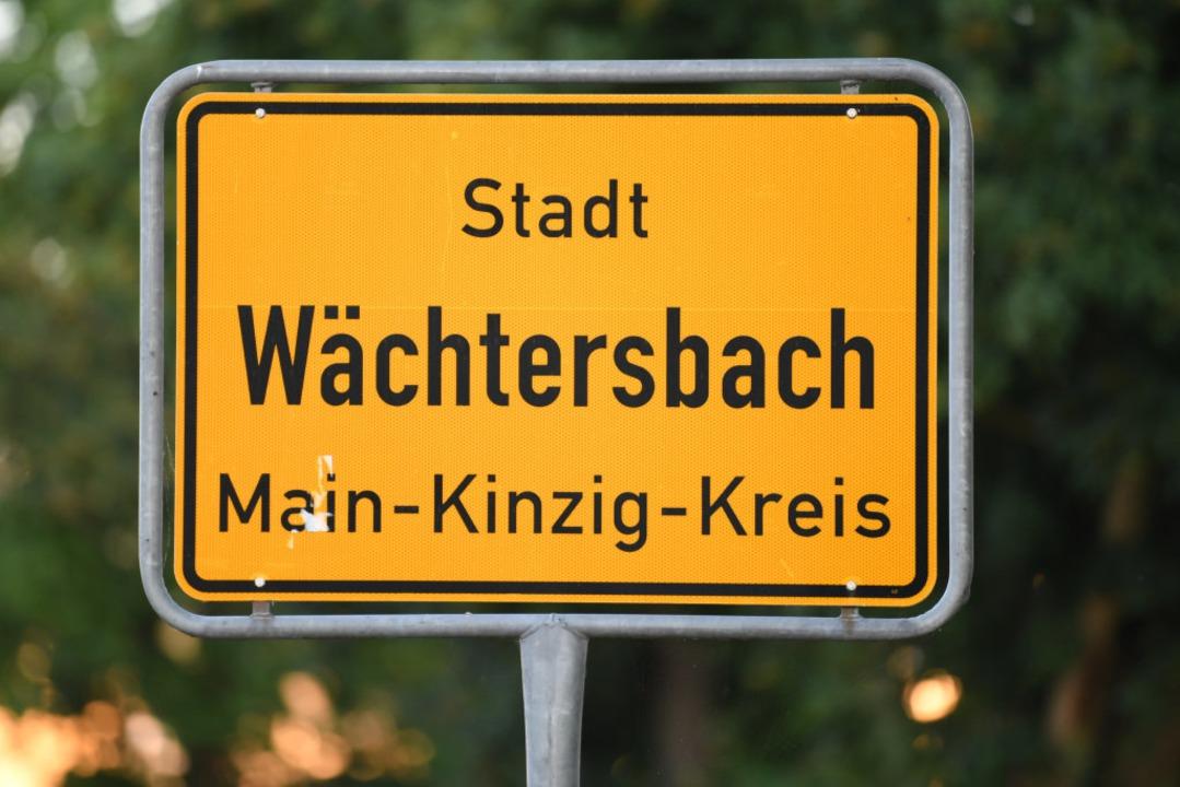 Wächtersbach im Main-Kinzig-Kreis – hier spielte sich die Bluttat ab.  | Foto: Arne Dedert (dpa)