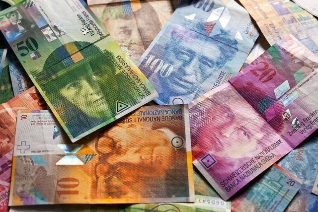 Falsche Polizisten knöpfen einer Baslerin 30.000 Franken ab