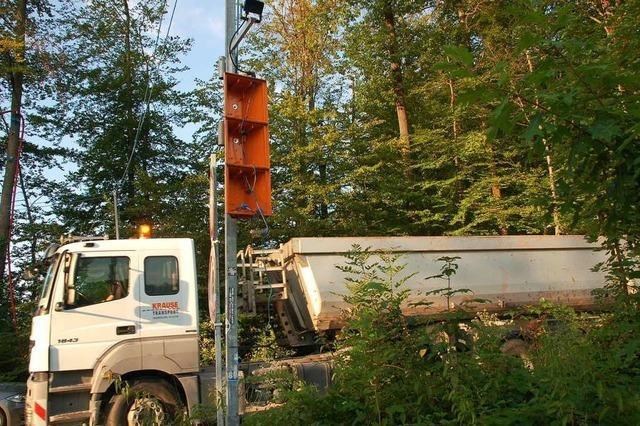 Vier Baustellenampeln für A98-Bau zerstört