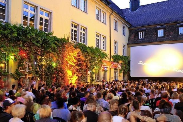 Das Open-Air-Kino im Schwarzen Kloster startet mit einer Premiere