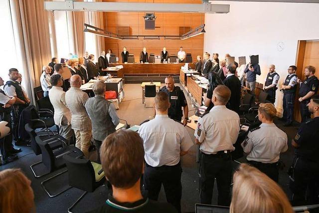 Opfer sagt im Prozess um mutmaßliche Gruppenvergewaltigung in Freiburg aus