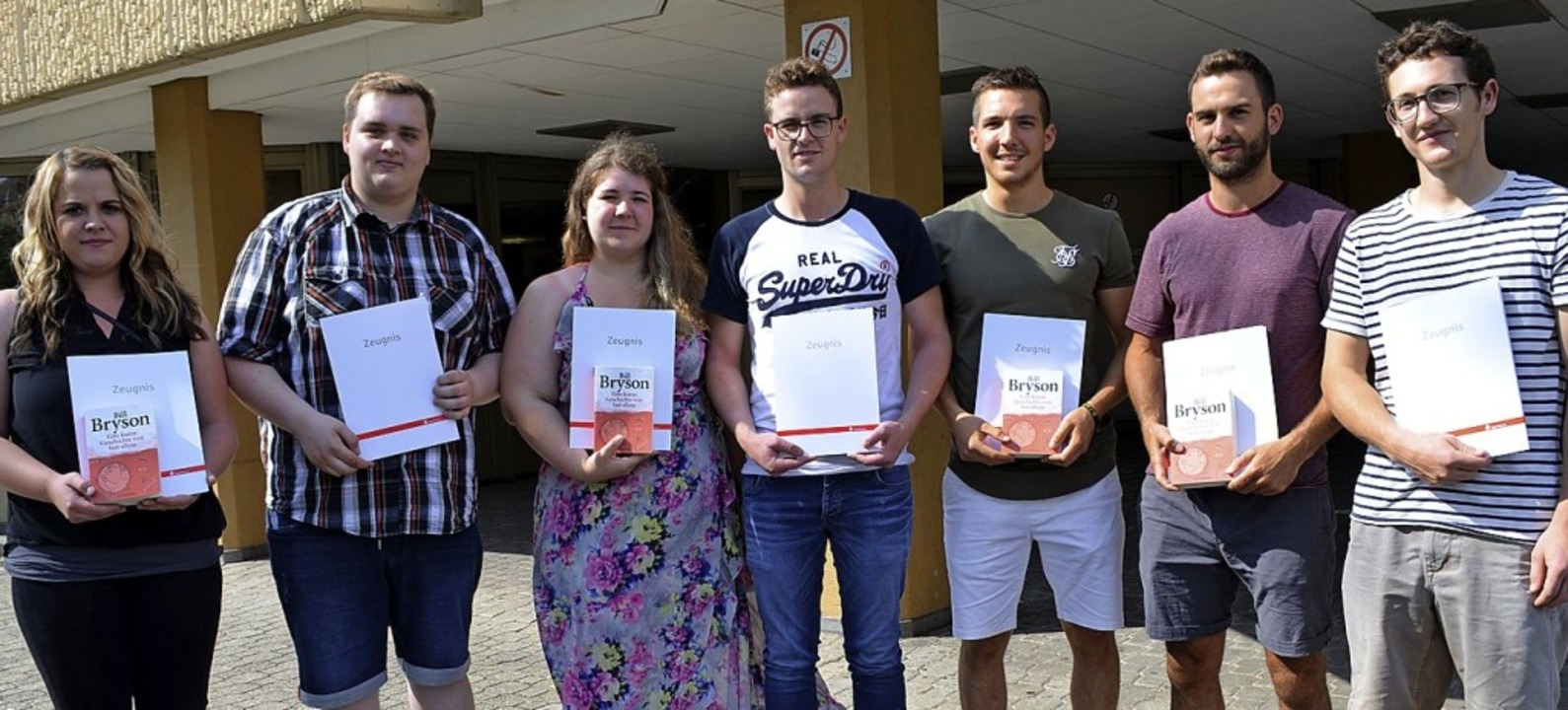 <BZ-FotoAnlauf>Gewerbeschule:  </BZ-Fo...Sozialpreis des Fördervereins erhielt.  | Foto: Schule