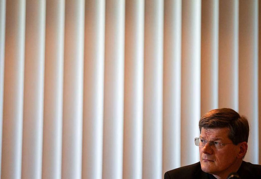 Erzbischof Stephan Burger äußert sich ... zu Lehren aus dem Missbrauchsskandal.  | Foto: Patrick Seeger (dpa)