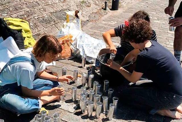 Mobile Aschenbecher: Zigarettenkippen sollen in Basel nicht mehr im Fluss landen