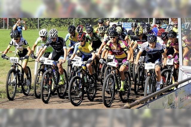 Rennen für Läufer und Mountainbiker