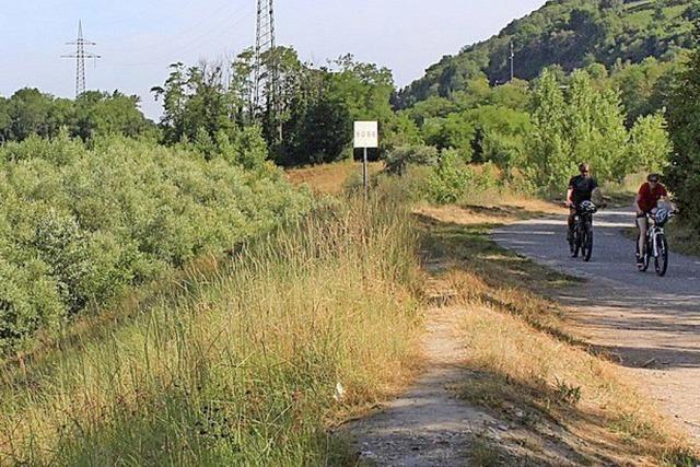 Radeln und den Weg bewerten