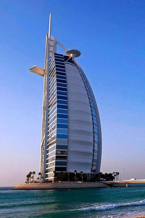 Luxus pur: der Burj al Arab  | Foto: Dubai Corporation of Tourism & Commerce Marketing