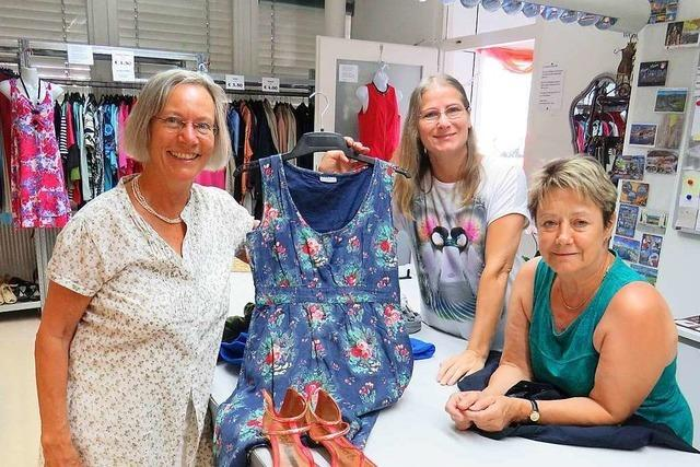 Der DRK-Kleiderladen in Rheinfelden ist neu und einladend gestaltet worden