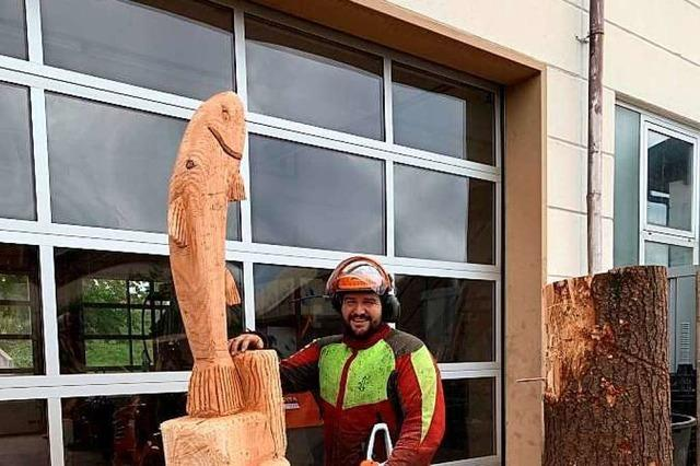 Holzkunst mit der Motorsäge von Timo Metzger