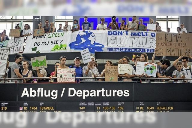 Klimaproteste am Stuttgarter Flughafen