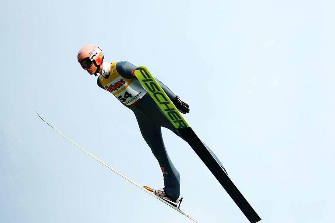 Karl Geiger segelt zum Sieg im Einzel  | Foto: Joachim Hahne