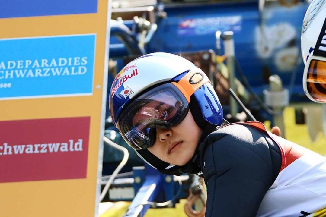 Frauen-Siegerin Sara Takanashi aus Japan kommt immer gern in den Schwarzwald.  | Foto: Joachim Hahne