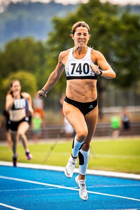 Sinah Hänßler- Hug (TuS Lörrach-Stetten) beim 400-Meter-Lauf  | Foto: Sebastian Sternemann