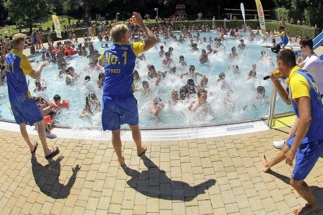 Sommer-Poolparty steigt im Waldbad in Bad Säckingen