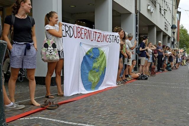 Protest gegen die Erdüberlastung