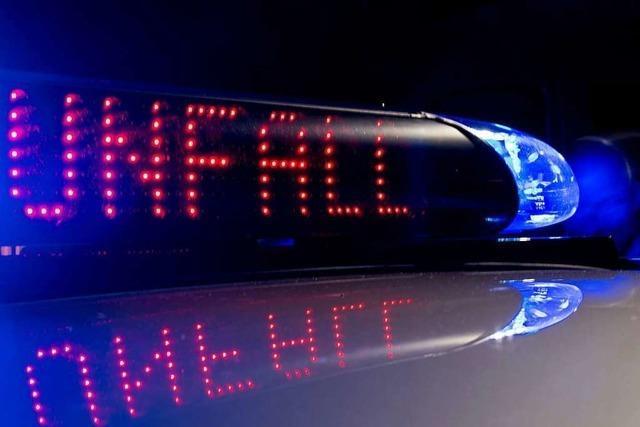 Jugendlicher bei Unfall mit nichtangemeldetem Moped schwer verletzt