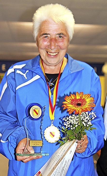 Regina Kumbartzki, die mehrfache deuts...terin im Kegeln, wurde bei der DM 14.   | Foto: Bächle