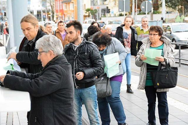 Eine Bagatellgrenze für Schweizer Einkaufstouristen ist überfällig