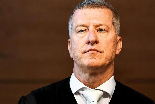 Verteidigerin stellt Befangenheitsantrag gegen Richter – und nimmt ihn wieder zurück
