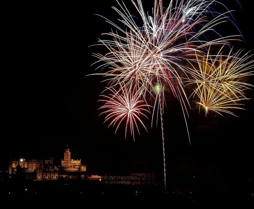 Ein Bild vom Feuerwerk aus dem Jahr 2014   | Foto: Holger Probst