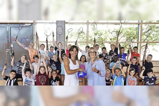 Sportliche Kinder und eine charmante Botschafterin