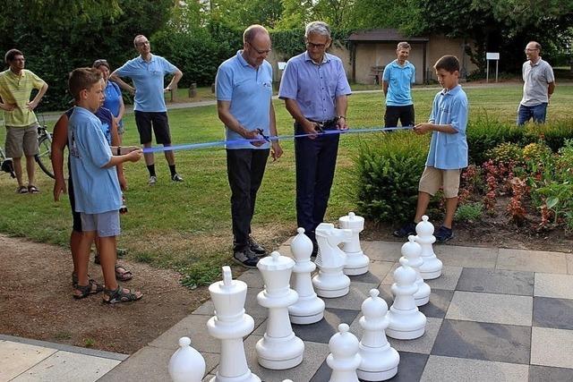 Schachspielen im Freien