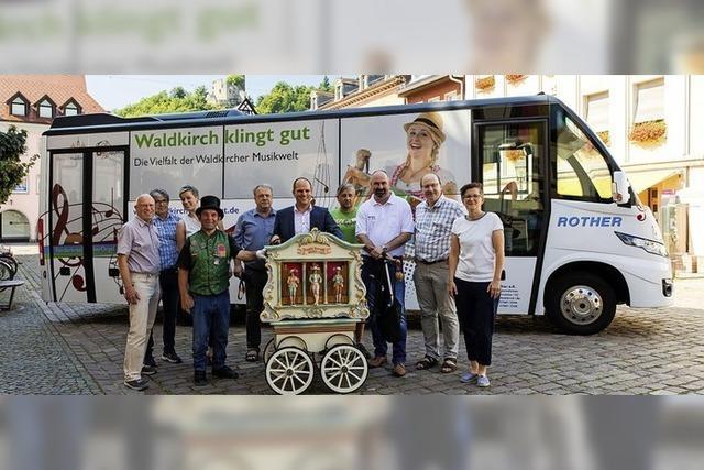 Eine rollende Werbung für Waldkirch