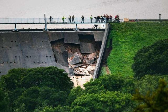 Tausende Anwohner verlassen Ort in Nordengland aus Angst vor Dammbruch