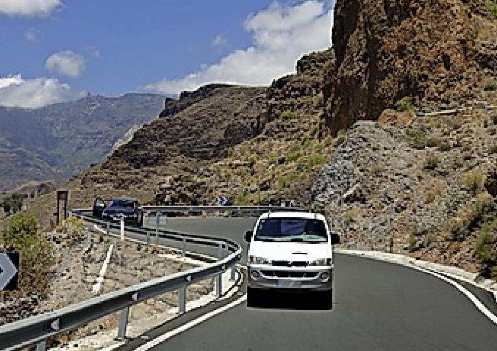 Im Gebirge  vorsichtig und vorausschauend fahren.    Foto: DEKRA (dpa)