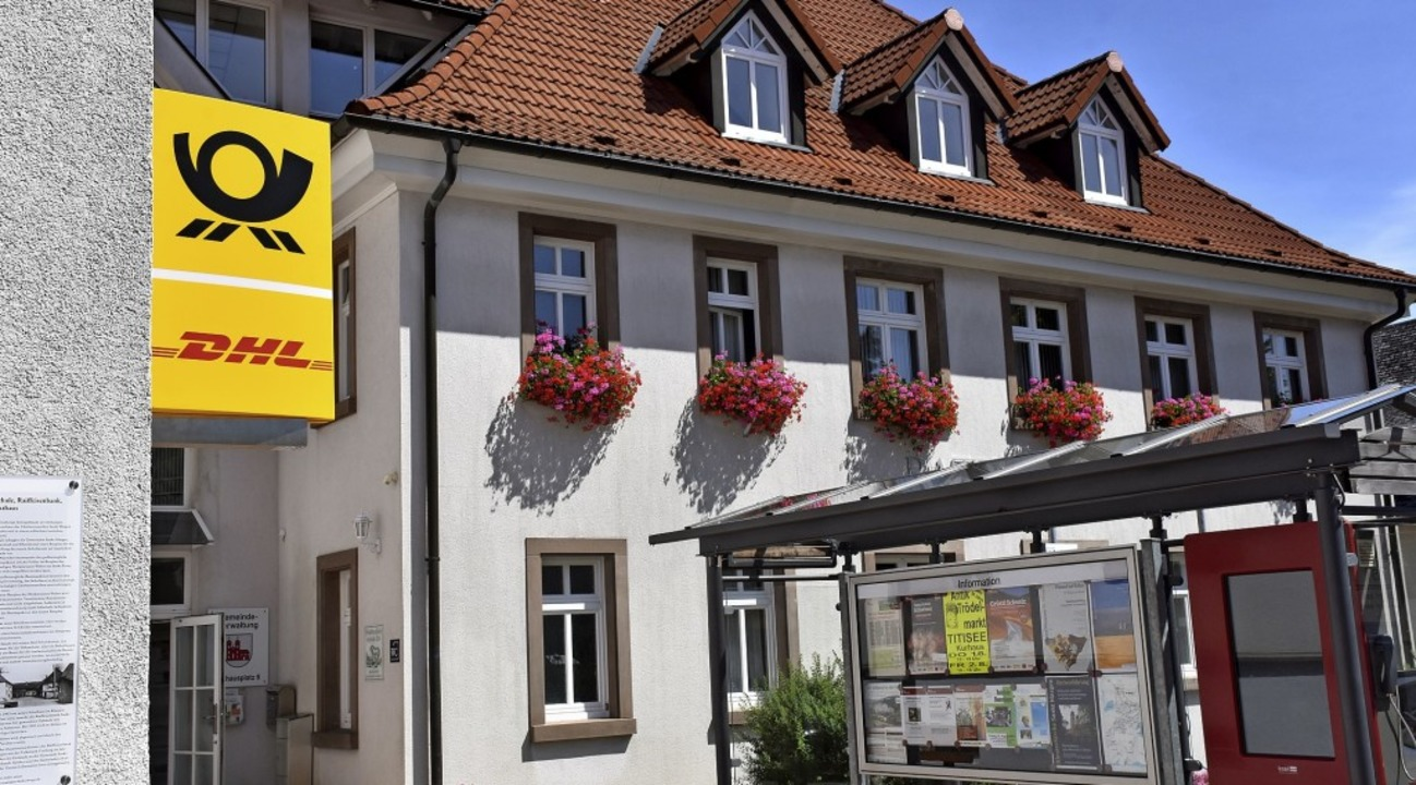 Im St. Märgener Rathaus  gibt es jetzt eine Postfiliale.   | Foto: Thomas Biniossek