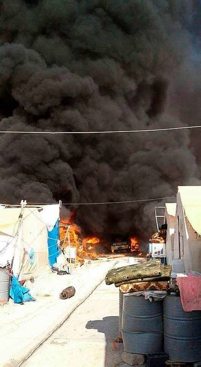 Nothilfen wurden nach einem Brand im Zeltlager in Sharya nötig.  | Foto: Verein Zarok