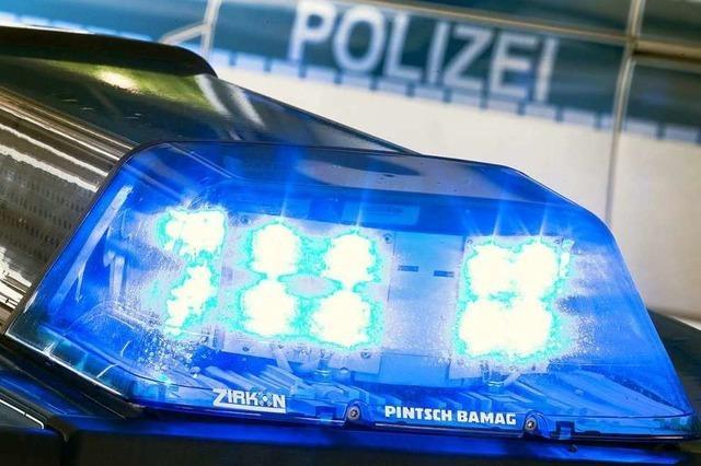 Fahrer flüchtet nach Unfall bei Tegernau zu Fuß