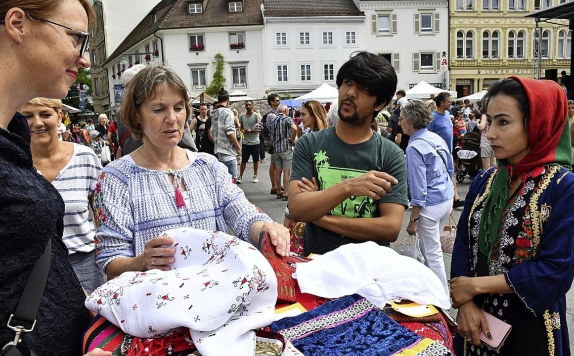 Internationales Sommerfest auf dem Marktplatz   | Foto: Barbara Ruda