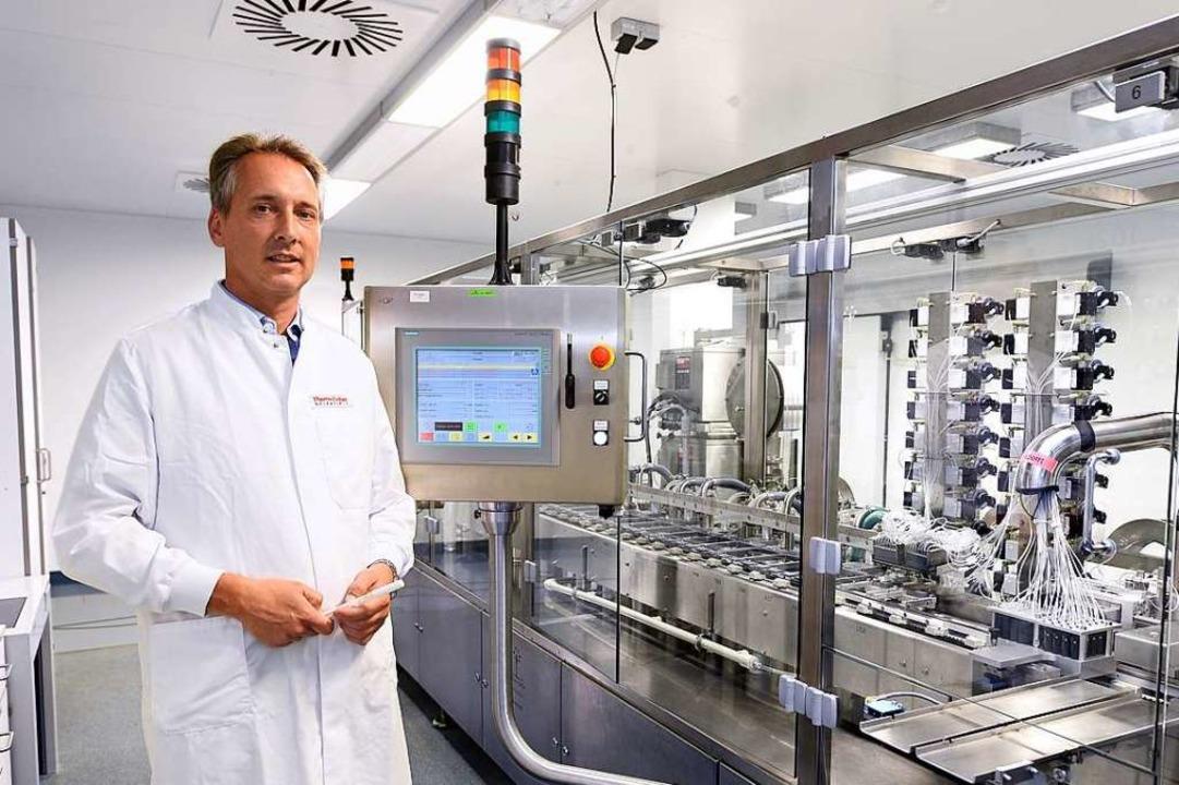 Rund 60 verschiedene Bluttests zum Nac... dabei genutzten Testbehälter befüllt.  | Foto: Thomas Kunz