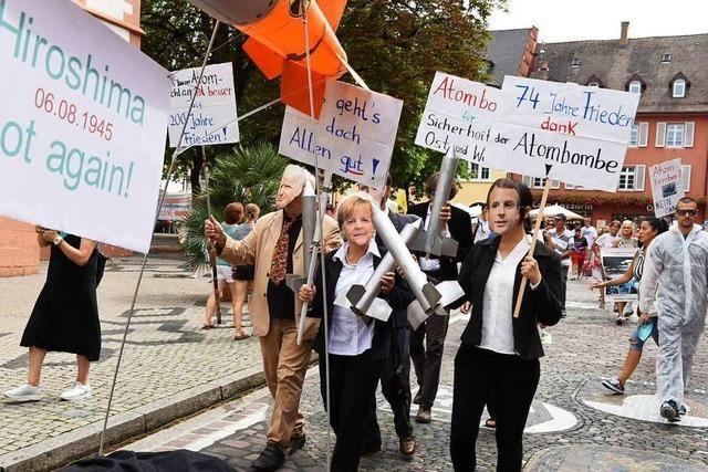 Merkel & Co. protestieren gegen Atomwaffen