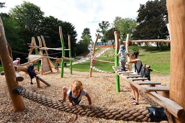 In der Freiburger Innenstadt gibt's einen neuen Spielplatz für alle Generationen