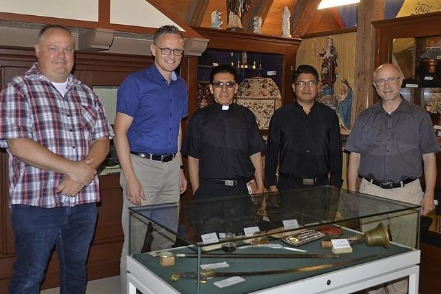 Auf Tuchfühlung mit den Padres Cesar und Jorge