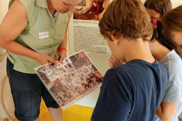 Beim Ferienprogramm in Bollschweil spielen die Kinder wie im Mittelalter