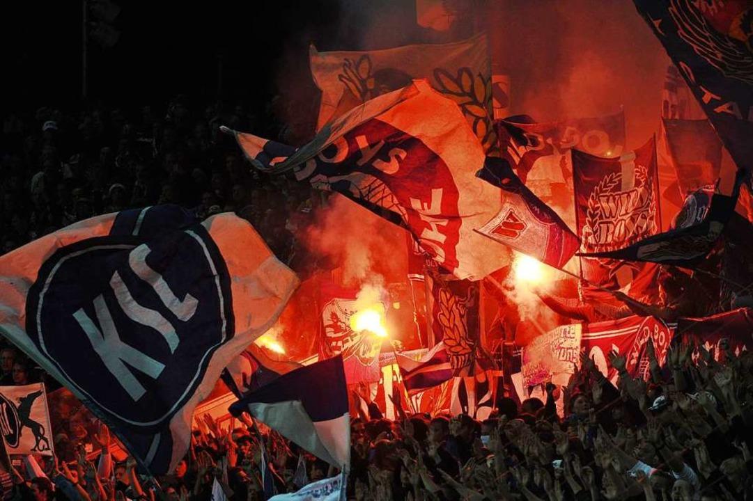 Tabellenführer Karlsruher SC sorgt der...ich für Aufregung in der 2. Bundesliga  | Foto: Uli Deck