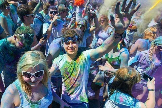 Beim Holi-Festival in Titisee-Neustadt wird es am Samstag wieder bunt